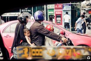 Bangkok, Roller als Familiengefährt