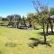 suedafrika_012: Spielplatz  im Park nahe Cape Town Stadium